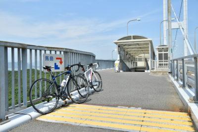 来島海峡大橋の途中に馬島への入り口がある