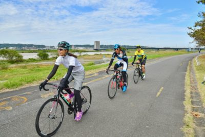 神通川沿いのサイクリングコース