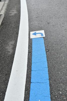 右左折ポイントには矢印で道案内