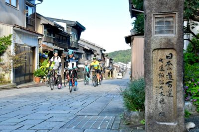 越中八尾(やつお)町 日本の道百選