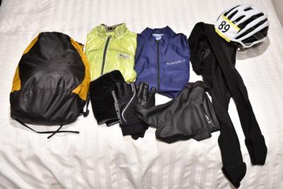 アイテム数の多い下山荷物は、荷物を広げながら荷造りすることで忘れ物を防ぐことができる