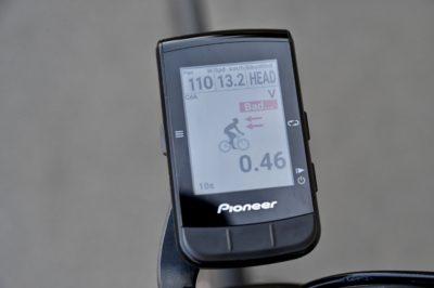 出力、スピード、風向きを表示させて走行し、その時のCdAをチェック